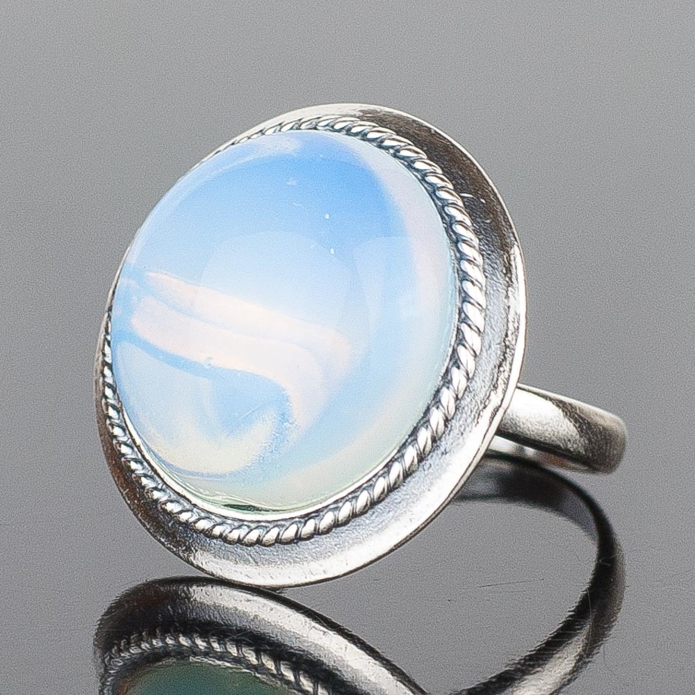"Кольцо ""рондо"" лунный камень"